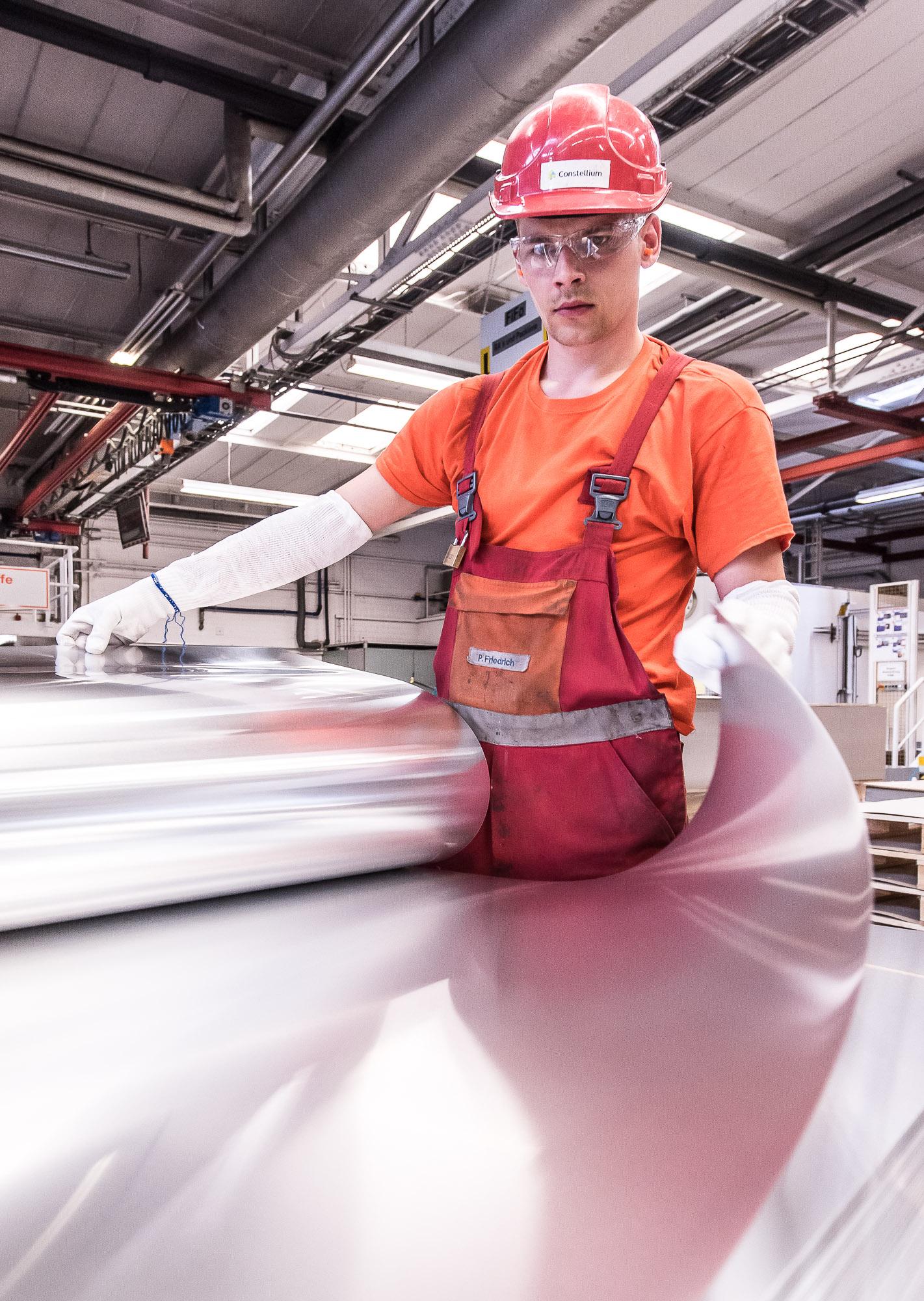 Reportage photographique sur les activités industrielles du fabricant de produits en aluminium