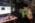ENS, Département de physique, LKB (Laboratoire Kastler Brossel) Laboratoire d'imagerie optique dans les milieux complexes et biologiques dirigé par Sylvain Gigan.  Le post doctorant Hilton Barbosa réalisant une expérience de diffusion de la lumière à travers un milieu complexe.