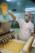 Aéroport Charles de Gaulle. Préparation des repas pour les passagers chez Servair.  Charles-de-Gaulle Airport, France. Preparing meals for the passengers at Servair.