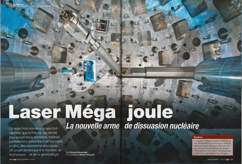 """Paruton dans Science et Vie du reportage photographique """"Un laboratoire pour la bombe H"""""""