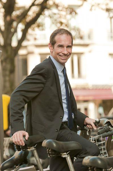 Portraits corporate des dirigeants de la banque fédérale de Bavière à Paris